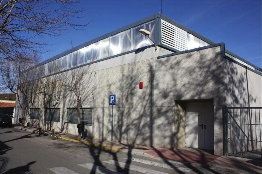 Doblado de cubierta del Polideportivo Municipal de Siete Aguas (Valencia)
